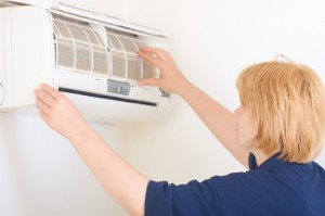 cleaning your air con filters